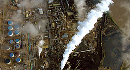 Petropolis: Aerial Perspectives on the Alberta Tar Sands (Canada)