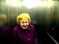 Film still of the film Lift, directed by Marc Isaacs, Visions du Réel 2021